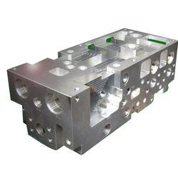 Hydraulic Tank Manifold Market