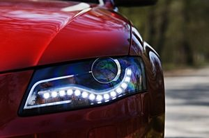Automotive Xenon Headlight Lamps Market