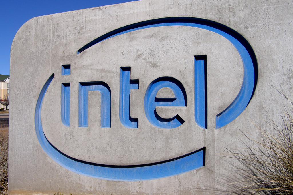 Intel Dismisses Wearables Division