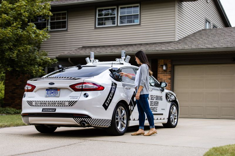 Self-Driving Pizza Delivery Vehicle to be Experimented in the U.S
